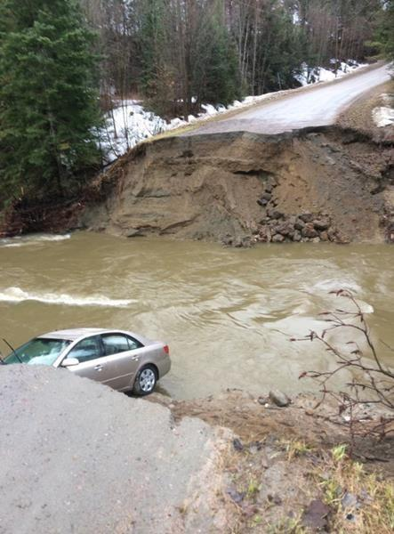 Soldiers deploy across Quebec after flood-caused sinkhole claims woman's life
