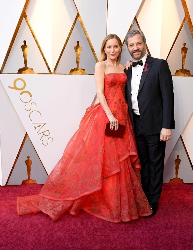 <p>Leslie Mann and Judd Apatow attend the 90th Academy Awards in Hollywood, Calif., March 4, 2018. (Photo: Getty Images) </p>