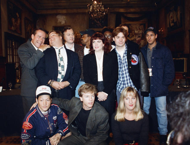 Phil Hartman, top left, poses with his <em>Saturday Night Live</em>co-stars on Oct. 4, 1993. (Photo: NBC/NBCU Photo Bank)