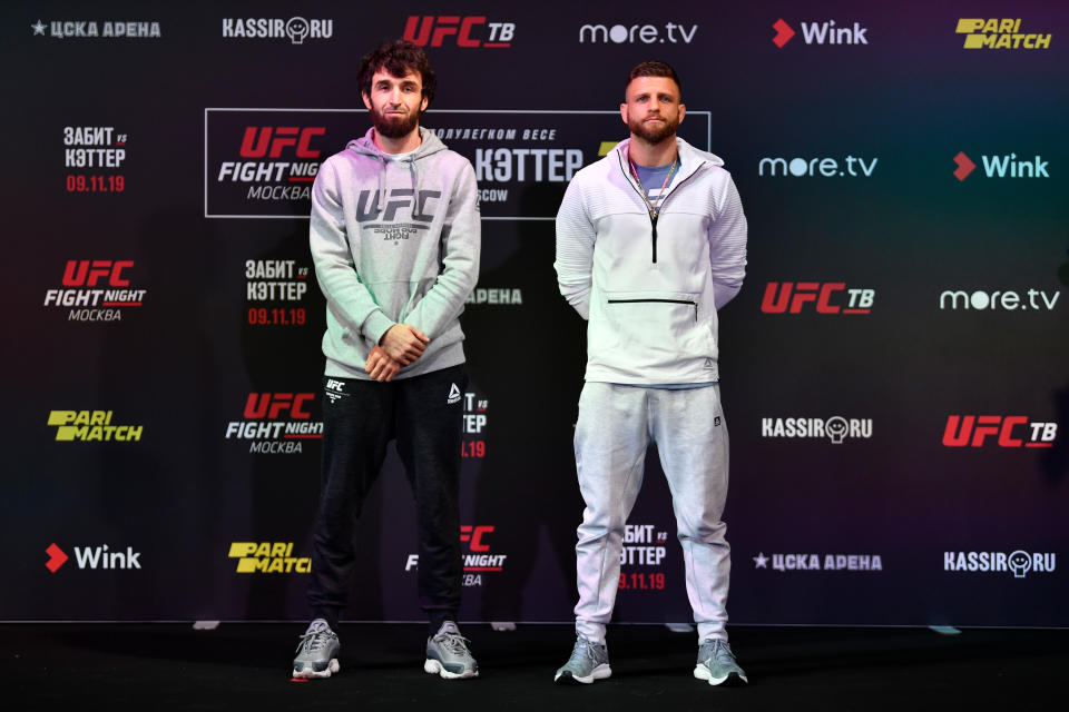 MOSCOW, RUSSIA - NOVEMBER 07:  (L-R) Zabit Magomedsharipov of Russia and Calvin Kattar pose during UFC Fight Night Ultimate Media Day at Arbat Hall on November 7, 2019 in Moscow, Russia. (Photo by Jeff Bottari/Zuffa LLC via Getty Images)