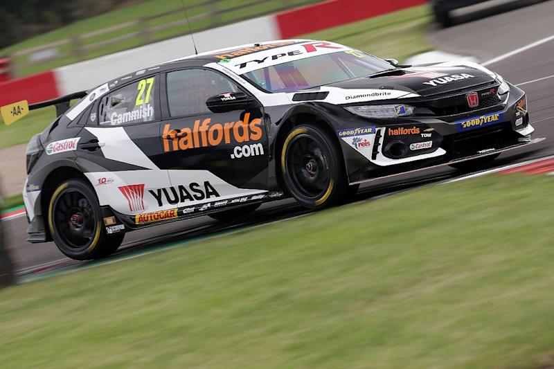 Cammish beats Turkington in Donington BTCC opener