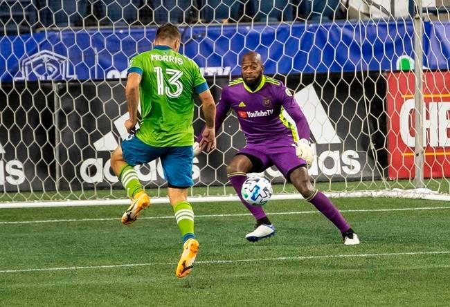 Morris scores twice, Sounders return home and top LAFC 3-1