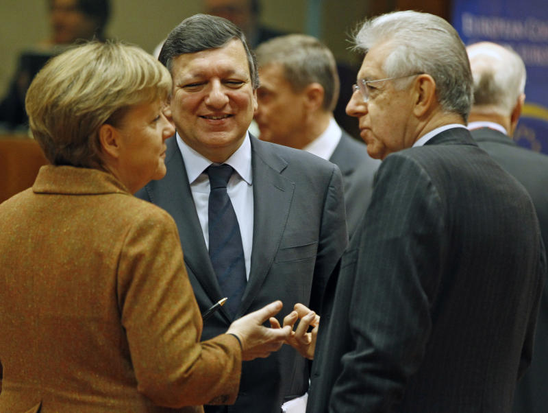 European states sign new fiscal treaty