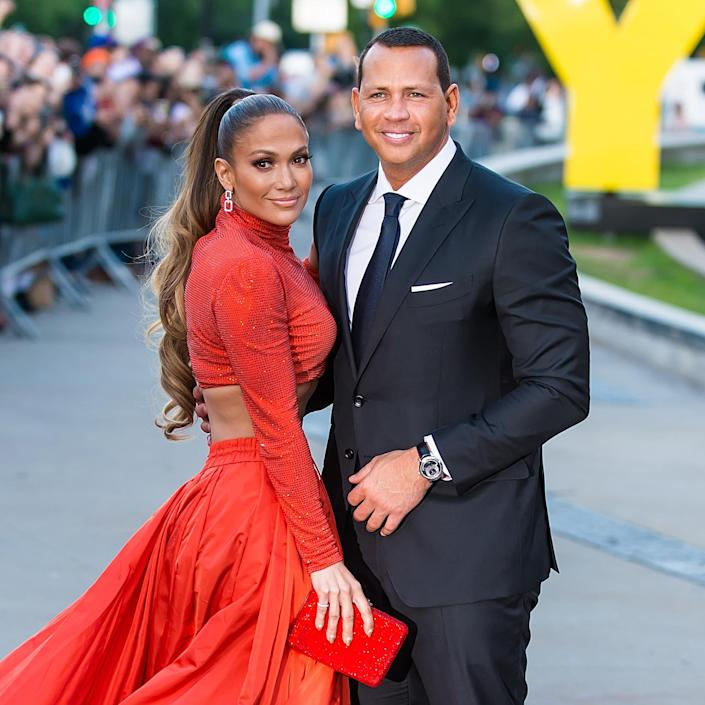 Jennifer Lopez and Alex Rodriguez announce they are still together