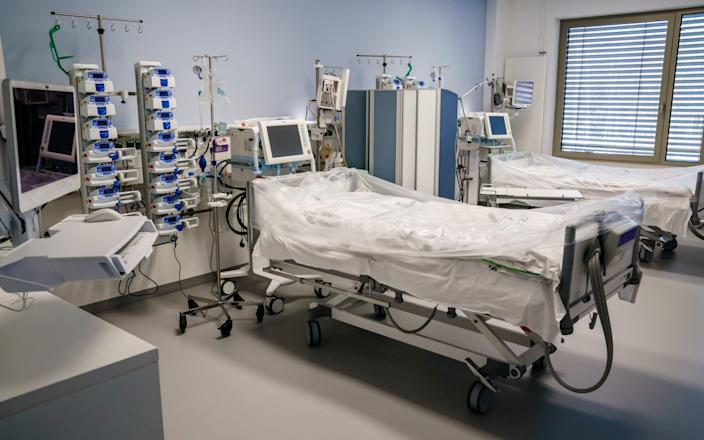 4 out of 5 cases needed intensive care and one out of five required mechanical ventilation - CLEMENS BILAN/EPA-EFE/Shutterstock