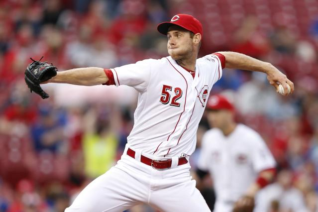 CINCINNATI, OH - APRIL 30: Tony Cingrani #52 of the Cincinnati Reds pitches in the first inning of the game against the Chicago Cubs at Great American Ball Park on April 30, 2014 in Cincinnati, Ohio. (Photo by Joe Robbins/Getty Images)