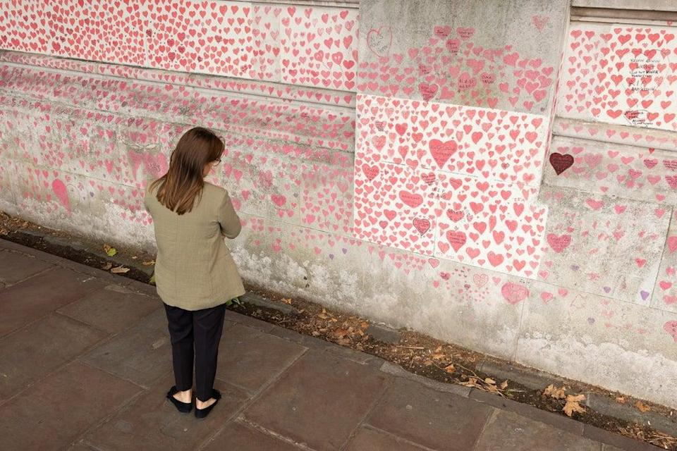 Covid memorial wall  (Getty Images)