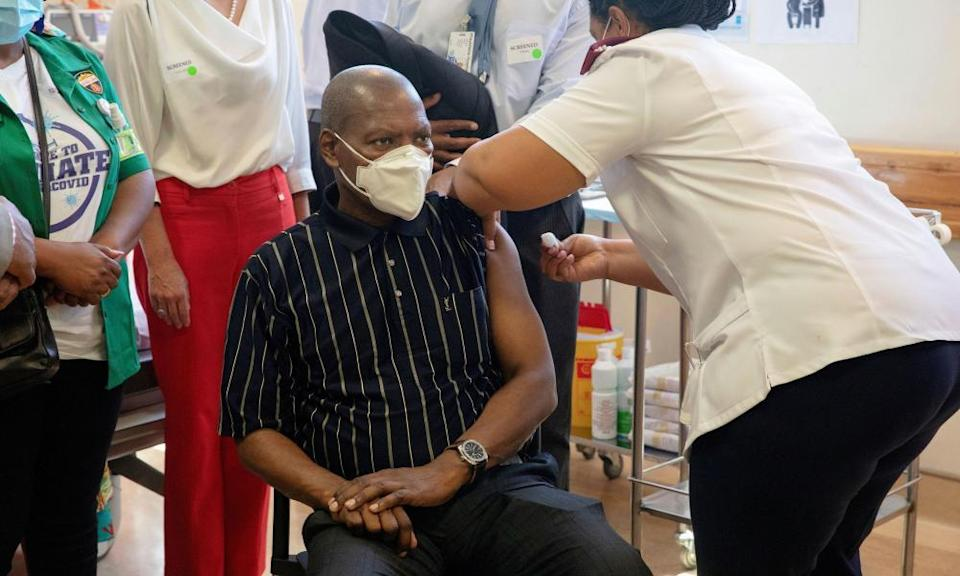 Zweli Mkhize, the former health minister, receiving a Covid vaccine in February