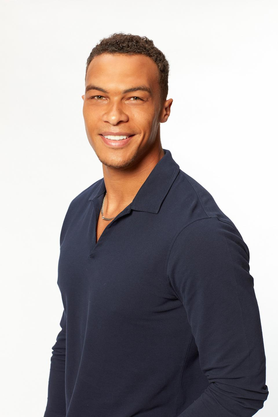 """Oh, hello, Dale. <a href=""""https://www.glamour.com/story/dale-moss-everything-you-need-to-know-about-the-bachelorette-contestant?mbid=synd_yahoo_rss"""" rel=""""nofollow noopener"""" target=""""_blank"""" data-ylk=""""slk:I know about you"""" class=""""link rapid-noclick-resp"""">I know about you</a>. No need to dig too deep here—I trust Clare to make the right choice for herself."""