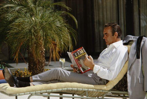 <p>Relaxing on the set of Diamonds Are Forever. </p>