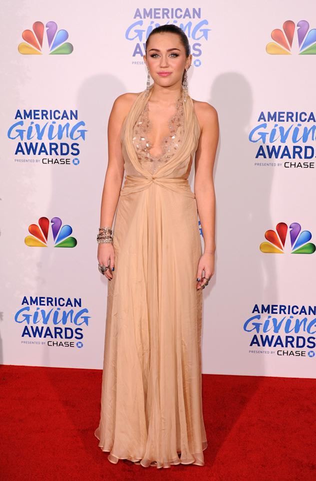 """She might be only 19-years-old but even Miley Cyrus has hopped into a pair of the popular shapewear, declaring to <a target=""""_blank"""" href=""""http://www.stylebistro.com/"""">StyleBistro</a>, <span class=""""infotext"""">""""Spanx are a gift from God!""""</span>"""