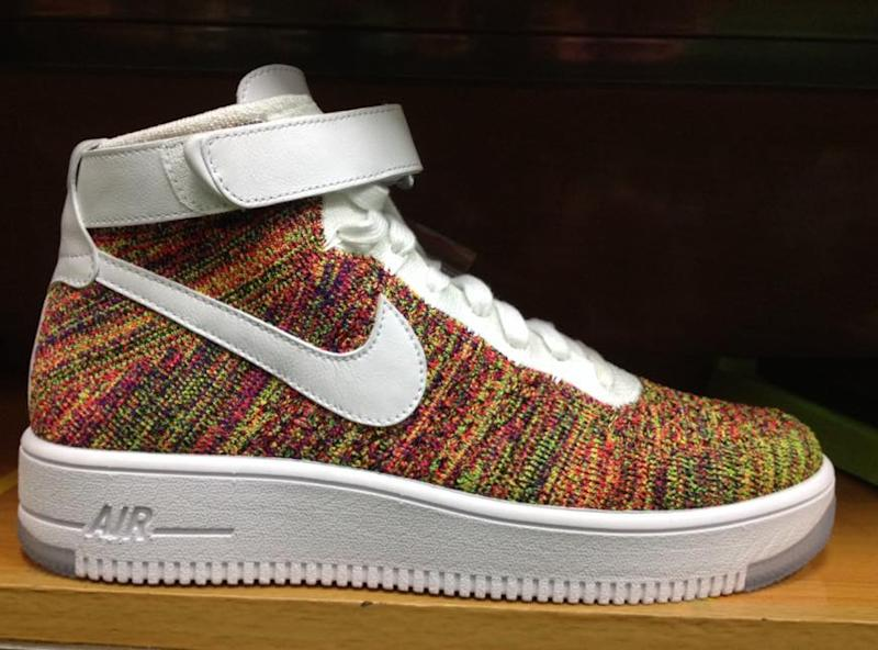 Nike s Making a Multicolor