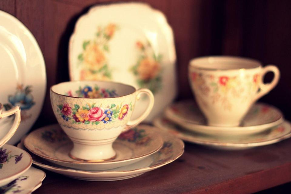 "<p>There's nothing more exciting for collectors than discovering that one-of-a-kind vintage find. Since traditional ""antiquing"" may not be an option, send her a gift card to a vintage emporium like <a href=""https://www.chairish.com/"" rel=""nofollow noopener"" target=""_blank"" data-ylk=""slk:Chairish"" class=""link rapid-noclick-resp"">Chairish</a> or <a href=""https://www.ebth.com/"" rel=""nofollow noopener"" target=""_blank"" data-ylk=""slk:Everything But the House"" class=""link rapid-noclick-resp"">Everything But the House</a>, then hop on the phone to browse together and wade through all the treasures.<br></p><p><strong><a href=""https://www.countryliving.com/shopping/antiques/g3484/things-people-collect/?"" rel=""nofollow noopener"" target=""_blank"" data-ylk=""slk:Take a look at what expert collectors can't live without."" class=""link rapid-noclick-resp"">Take a look at what expert collectors can't live without.</a></strong></p>"