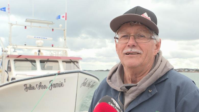Record lobster prices in Nova Scotia gives Island fishermen 'hope'