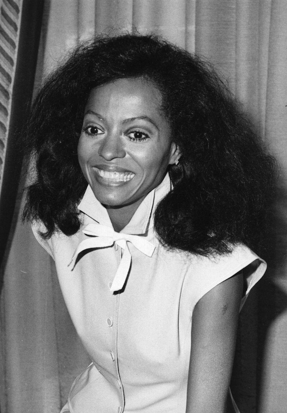 <p>Clearly a natural beauty, Ross is simply dressed in a sleeveless dress with bow-tie collar. Diana Ross, along with the other Supremes, was eventually inducted into the Rock & Roll Hall of Fame for their contributions to Motown. <br></p>