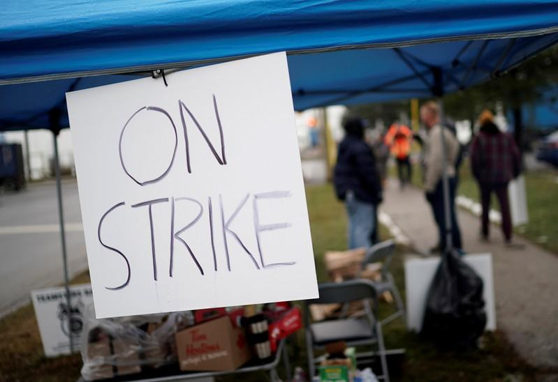 CN Rail strike and lack of trucking alternatives stoke forest industry fears