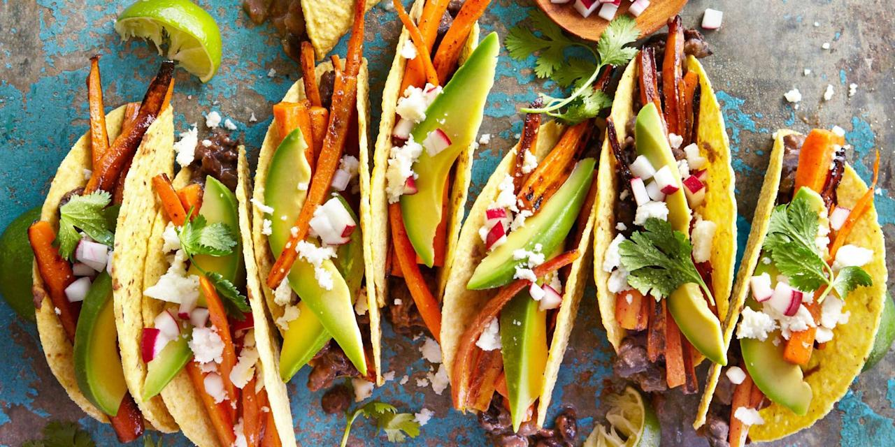"""<p>These filling meatless dishes, sides, and snacks are sure to satisfy vegetarians and meat-lovers alike. Plus, get more <a rel=""""nofollow"""" href=""""http://www.countryliving.com/food-drinks/g648/quick-easy-dinner-recipes/"""">great dinner recipes</a> and our <a rel=""""nofollow"""" href=""""http://www.countryliving.com/food-drinks/g4260/vegan-dinner-recipes/"""">best vegan dinners</a>!</p>"""