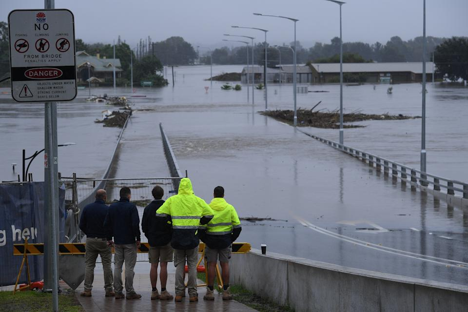 The New Windsor Bridge, which was touted for its ability to withstand flooding, is submerged on floodwaters at Windsor. Source: AAP
