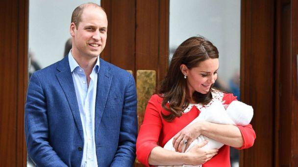 PHOTO: Prince William and Catherine Duchess of Cambridge leave the hospital with their newborn baby boy at the Lindo Wing, St Mary's Hospital, London, April 23, 2018. (Tim Rooke/REX via Shutterstock)