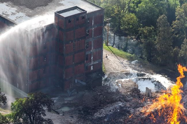 Burned Jim Beam warehouse was insured sprinklers deployedMore