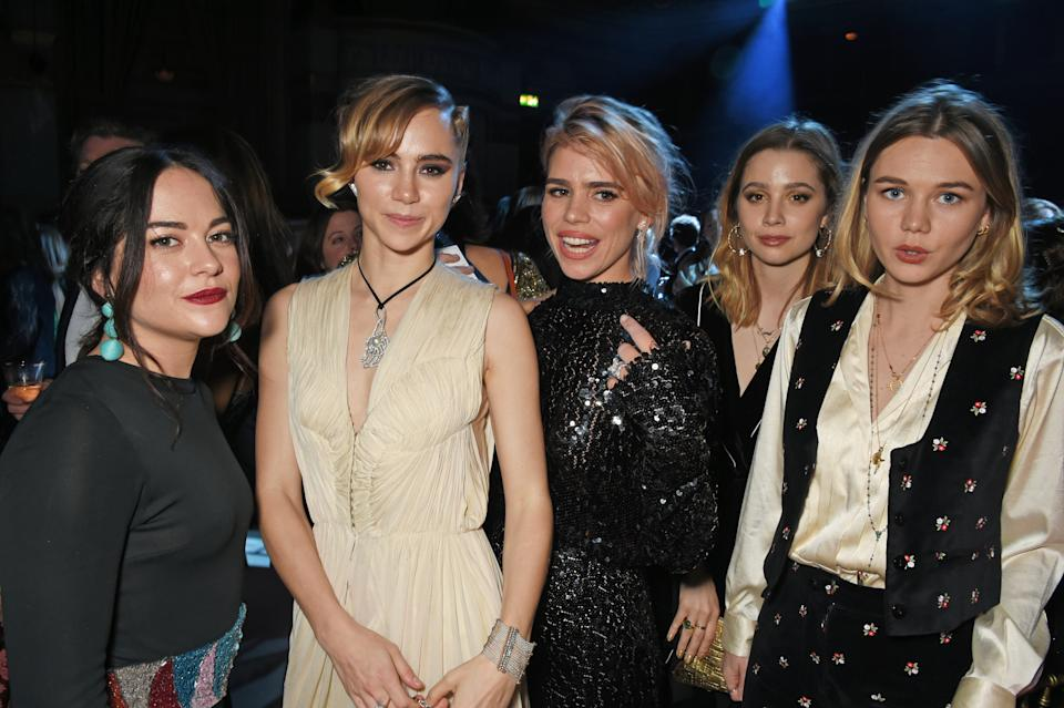 LONDON, ENGLAND - DECEMBER 03: Suki Waterhouse (2L), Billie Piper (C) and Immy Waterhouse (R) attend the London Evening Standard Theatre Awards 2017 after party at the Theatre Royal, Drury Lane, on December 3, 2017 in London, England. (Photo by David M. Benett/Dave Benett/Getty Images)