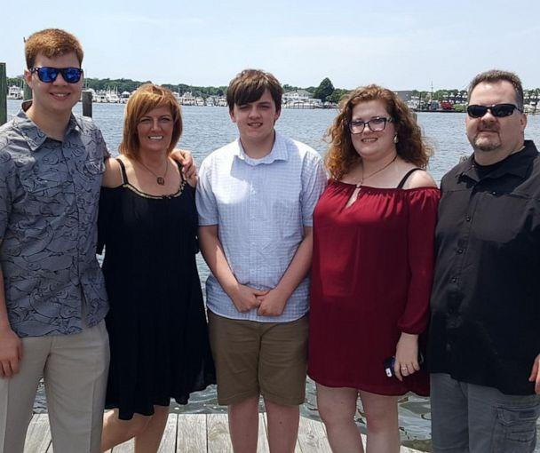 PHOTO: Brian Brandow, right, and his wife Lynn, second left, pose for a photo with their children Evan, Sean and Claire on the South Shore of Long Island in 2017. (Courtesy Brandow Family)