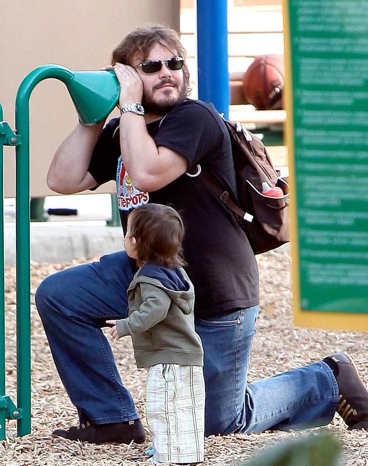 """Jack Black fit in some playtime with his 17-month-old son, Thomas, as well. How much fun must it be to have the """"School of Rock"""" star as your dad? Bambam/Ivon/Mbf/<a href=""""http://www.x17online.com"""" target=""""new"""">X17 Online</a> -November 9, 2009"""