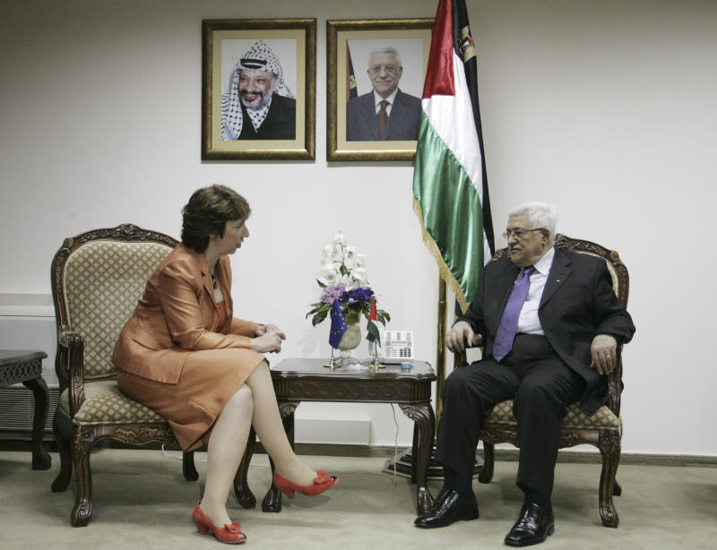 European Union Foreign Policy Chief Catherine Ashton, left, speaks with Palestinian President Mahmoud Abbas during their meeting at Abbas' residence, in the West Bank city of Ramallah, Thursday, Sept. 30, 2010.  A U.S. emissary racing against the clock to salvage Mideast peace negotiations scheduled another quick round of meetings with Israeli and Palestinian leaders after talks Thursday with Palestinian President Mahmoud Abbas ended inconclusively. Underscoring the sense of urgency, Europe's top diplomat, Catherine Ashton, rushed to the region for talks with Abbas and Netanyahu on Thursday and Friday.  (AP Photo/Majdi Mohammed)