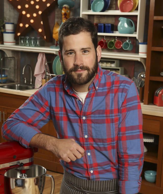 Name: James Reddick Age: 26 Current Residence: Hollywood (Originally from Indianapolis, Ind.) Occupation: Photographer Baking Specialties: Pies, cookies and pastries