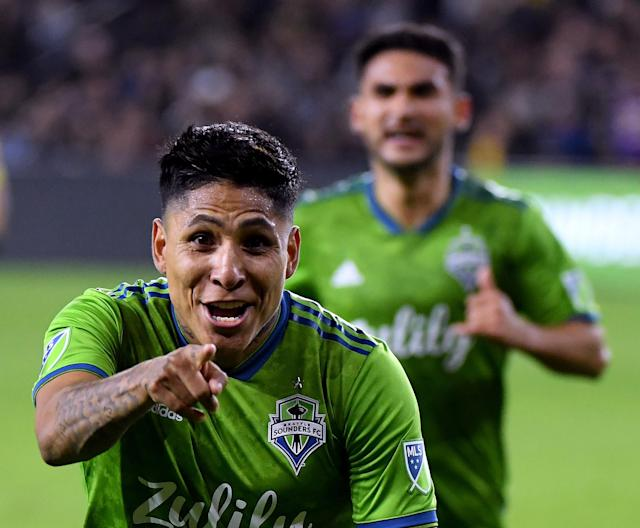 Raul Ruidiaz and the Seattle Sounders stunned LAFC at Banc of California Stadium in the Western Conference final. (Getty Images)