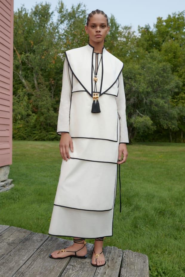 <p>A look from Tory Burch Spring 2021. Photo: Courtesy of Tory Burch</p>