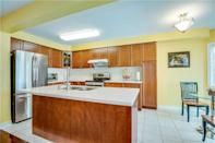 <p><span>6 Primont Drive, Richmond Hill, Ont.</span><br> The fridge and stove are both stainless steel and both brand new.<br> (Photo: Zoocasa) </p>