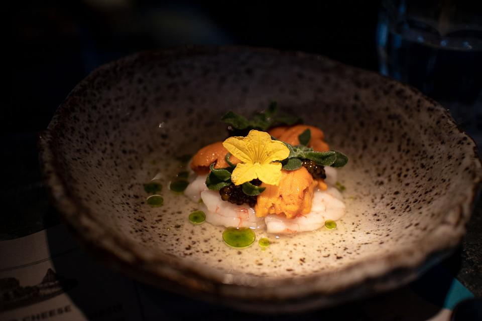 Spot Prawn Crudo, Sea Urchin, Oscietra Caviar (PHOTO: Zat Astha/Yahoo Lifestyle SEA)
