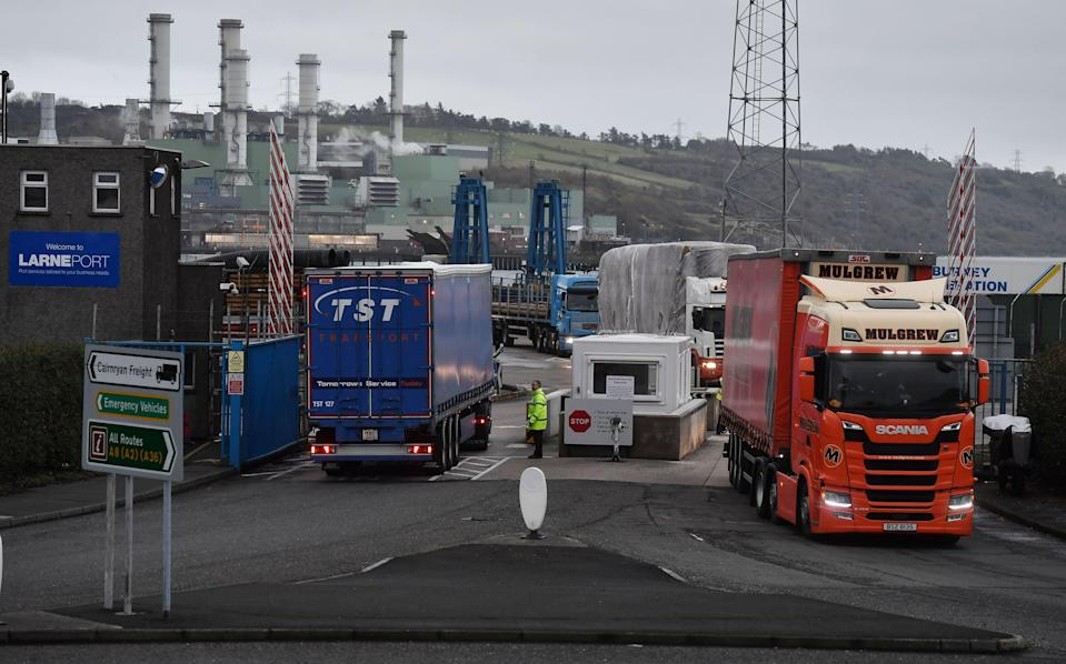 LARNE, NORTHERN IRELAND - NOVEMBER 14: Port officers inspect vehicles at a harbour checkpoint on November 14, 2018 in Larne, Northern Ireland. Prime Minister Theresa May is locked in talks with her cabinet as she attempts to push through an agreement between UK negotiators and their European Union counterparts relating to the United Kingdom's departure from the EU. The border between the Republic of Ireland and Northern Ireland has been a contentious issue during the Brexit talks. The harbour port of Larne has been suggested as a possible border entry checkpoint for agriculture livestock and goods to avoid a so called 'hard border'. (Photo by Charles McQuillan/Getty Images) (Getty Images)