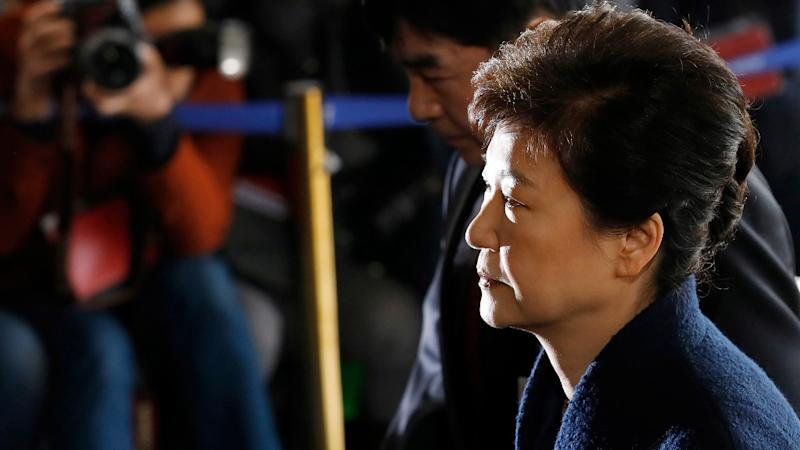 Korea prosecutors push to arrest ex-leader over scandal