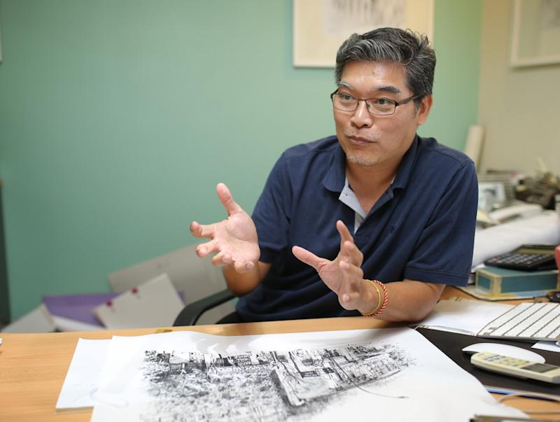Urban Sketchers Ipoh leader Chin Kok Yan said property owners should give leeway to artists to sketch their buildings in Ipoh August 15, 2018. — Picture by Marcus Pheong