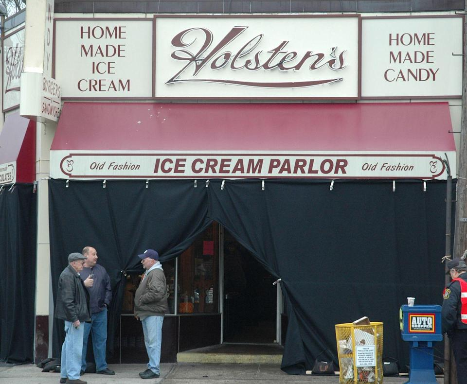 """<p>Production shut down Holsten's Old Fashion Ice Cream Parlor in New Jersey for the day to film the final episode. <a href=""""http://holstens.com/"""" rel=""""nofollow noopener"""" target=""""_blank"""" data-ylk=""""slk:Holsten's"""" class=""""link rapid-noclick-resp"""">Holsten's</a> is still open for business, in case you ever want to sit in the famous booth.</p>"""