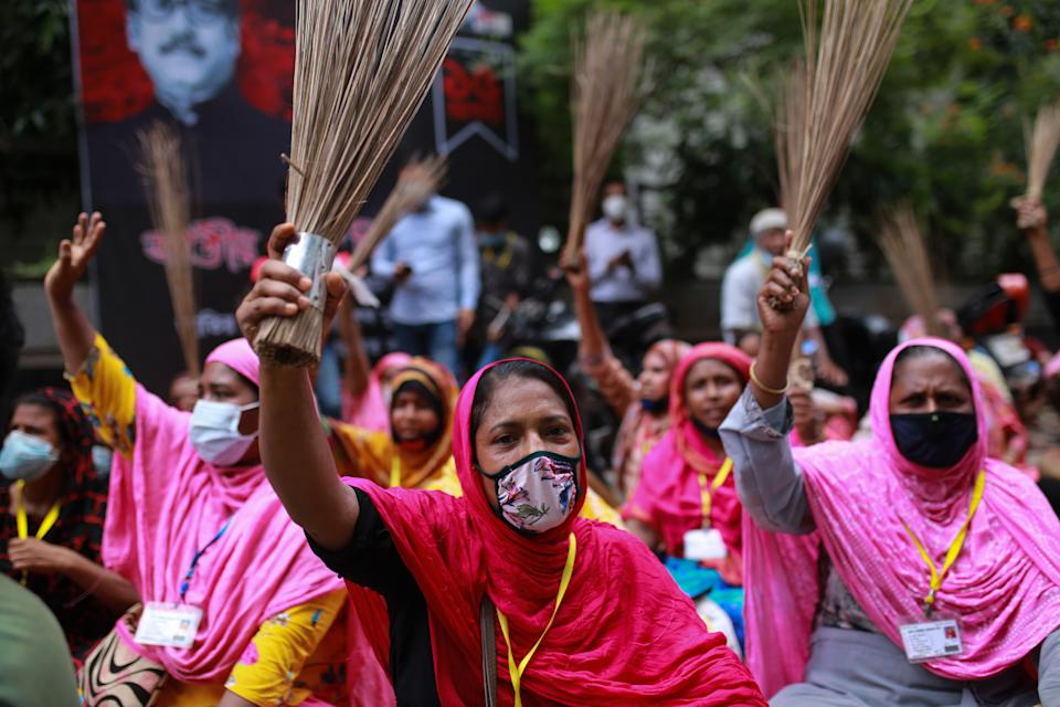 Garment worker protest demanding their due wages in front of the Labour Bhaban in Dhaka, Bangladesh on September 7, 2020. - PHOTOGRAPH BY Rehman Asad / Barcroft Studios / Future Publishing (Photo credit should read Rehman Asad/Barcroft Media via Getty Images)