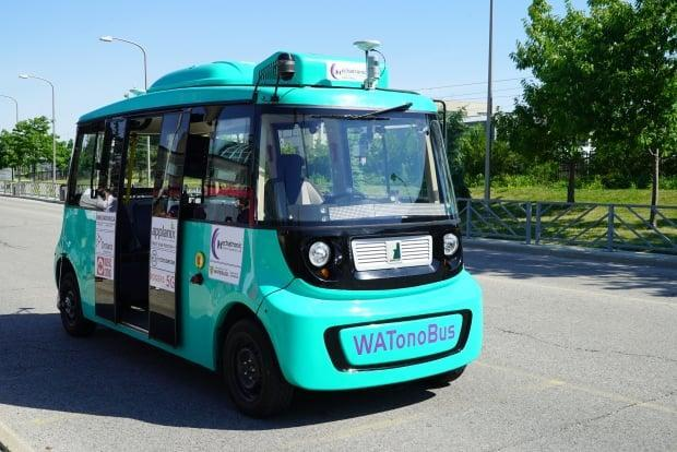 The University of Waterloo says the WATonoBus is the first self-driving shuttle bus at a Canadian university. (Paula Duhatschek/CBC - image credit)
