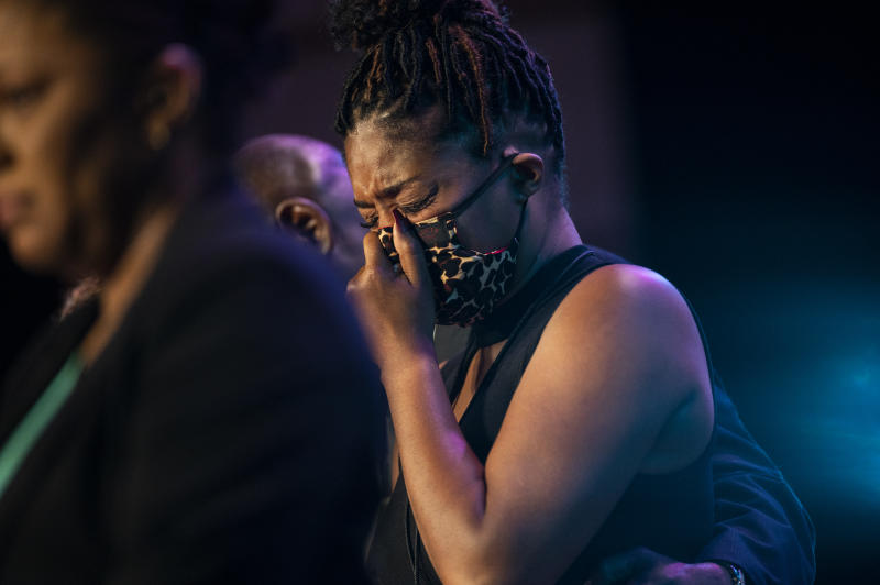 MINNEAPOLIS, MN - JUNE 04: Actress Tiffany Haddish cries as those gathered at a memorial service at North Central University pause silently for eight minutes and 46 seconds on June 4, 2020 in Minneapolis, Minnesota. A number of politicians and celebrities attended the service in Minneapolis as more are scheduled to be held in North Carolina and Texas. (Photo by Stephen Maturen/Getty Images)