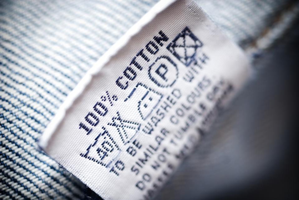 """Clothing tag, macro.Shallow dof"""