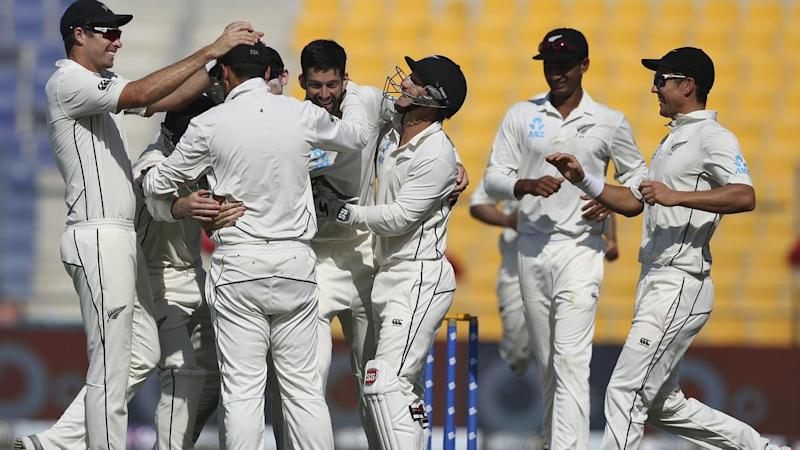 New Zealand have won the third Test in Abu Dhabi to complete a 2-1 series win over Pakistan