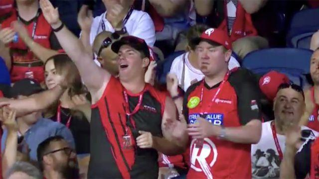 The controversial gesture. Image: Channel 10