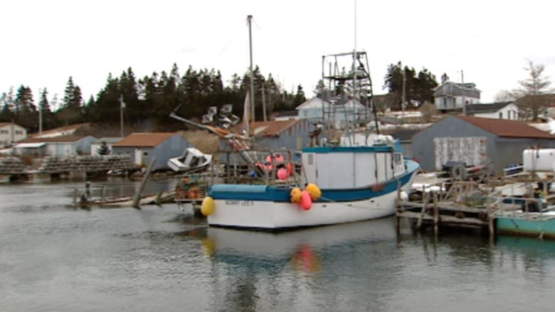 One year 'sufficient time' for fishermen to grasp new rules, Transport Canada says