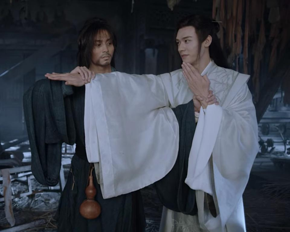 Zhang Zhehan (left) and Gong Jun in Chinese boys' love (BL) wuxia drama, Word Of Honour or Shan He Ling.