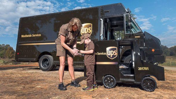 PHOTO: James Walker, 5, and the driver on his route, Kellie Martin, have formed an undeniable bond. (UPS)