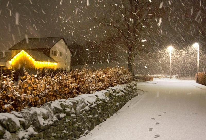 Snow falls in the Scottish Borders as Storm Deirdre hit the British Isles bringing plunging temperatures and treacherous traffic conditions (PA)