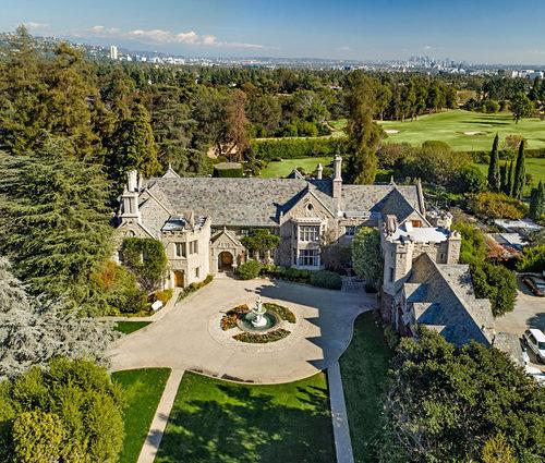 Burlesque Nightclub Owner Wants to Turn Playboy Mansion into Exclusive Members-Only Club