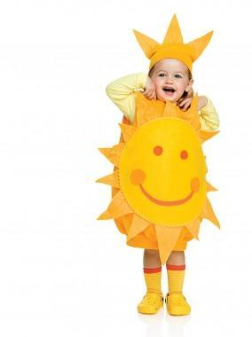 "<div class=""caption-credit""> Photo by: © Gabrielle Revere</div><div class=""caption-title"">Here Comes the Sun Costume</div><p> <b>All you need is:</b> an over-size yellow sweatshirt, orange and yellow felt, elastic, rickrack, pipe cleaners, fabric glue, a large safety pin <br> </p> <p> She's the sunshine of your life, so show the world! A basic sweatshirt is the start of this cheery costume. The smiling face of the sun is made from felt. A plain long-sleeve tee and yellow kneesocks or tights finish it off! </p> <p> <a href=""http://www.parenting.com/article/Child/Activities/Here-Comes-the-Sun-Costume?src=syn&dom=shine"" rel=""nofollow noopener"" target=""_blank"" data-ylk=""slk:Learn how to make it!"" class=""link rapid-noclick-resp"">Learn how to make it!</a> <br> <a href=""http://www.parenting.com/halloween?src=syn&dom=shine"" rel=""nofollow noopener"" target=""_blank"" data-ylk=""slk:Visit Halloween Central"" class=""link rapid-noclick-resp"">Visit Halloween Central</a> </p>"