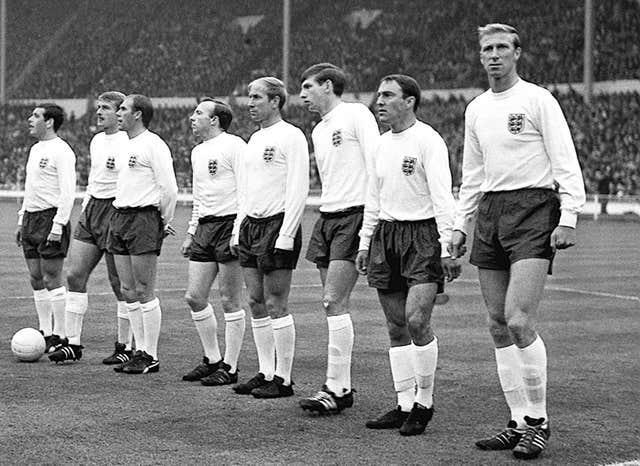 Hunt lined up alongside England teammates at the World Cup in 1966